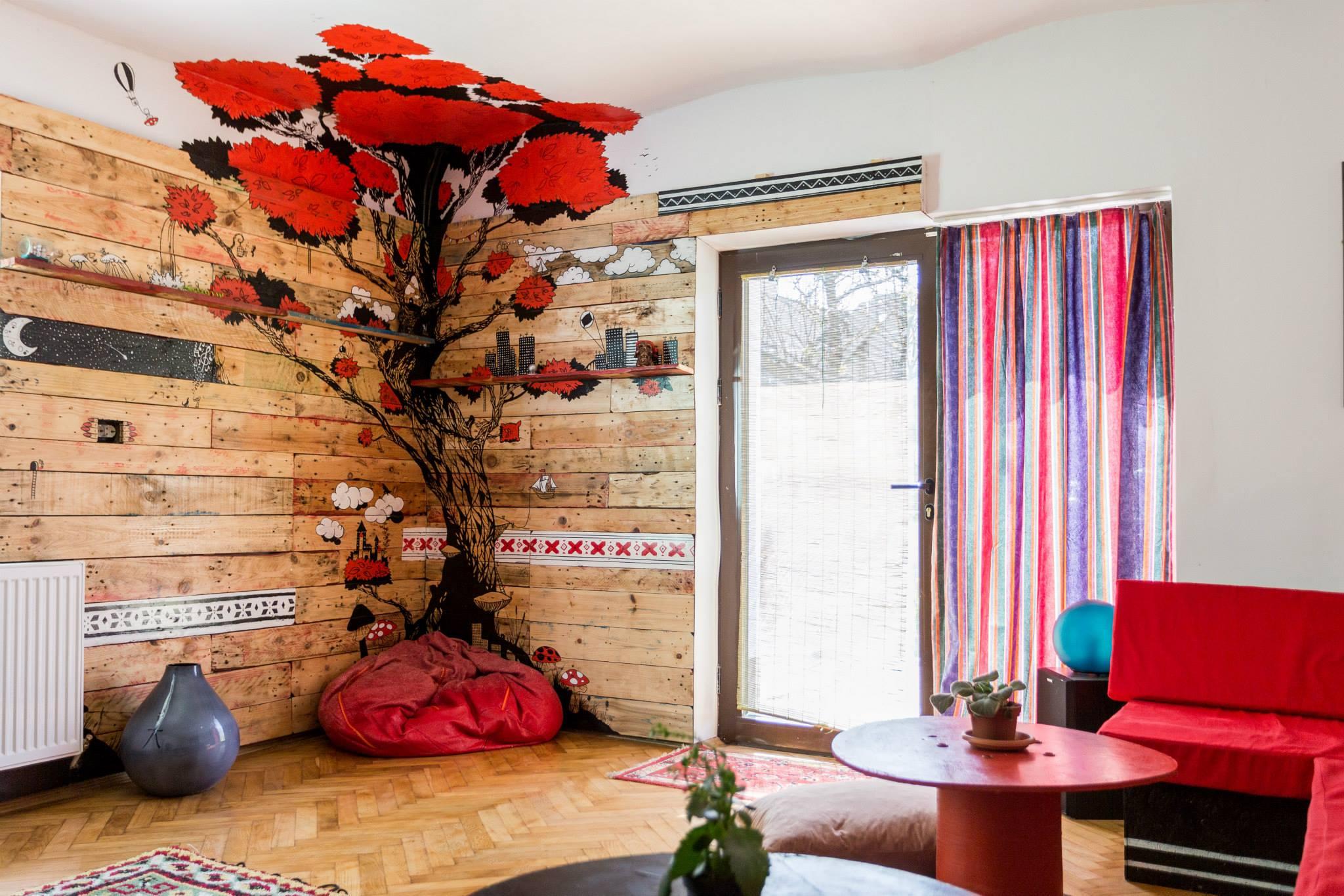 proprietarii the spot cosy hostel (2)