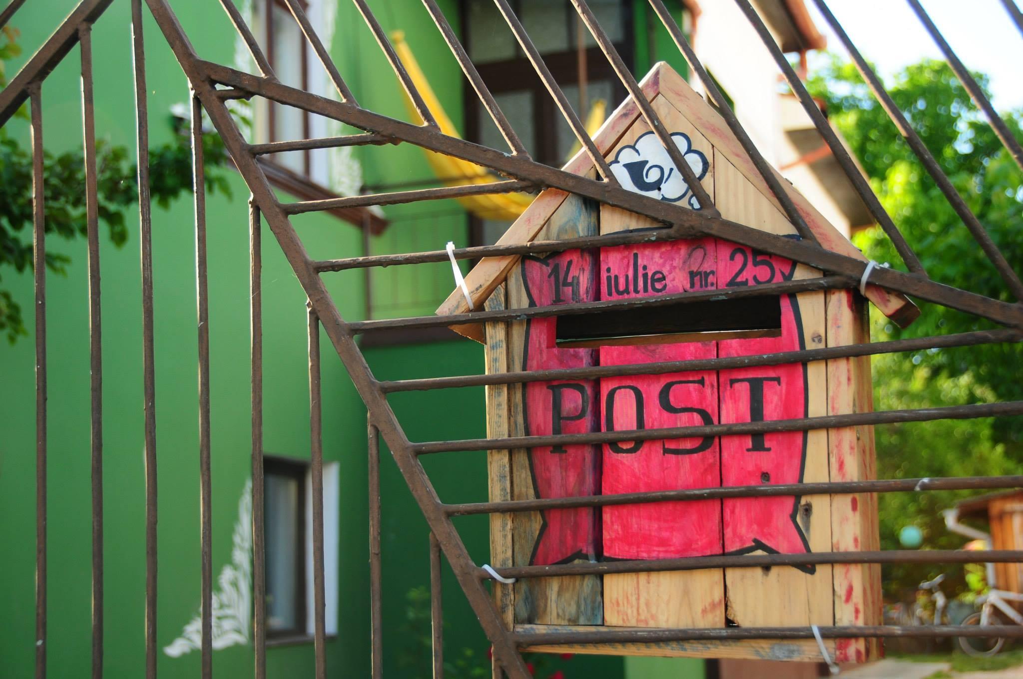 proprietarii the spot cosy hostel (3)