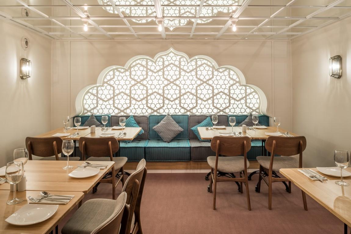Vizită la restaurantul indian Gandhi Cluj