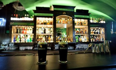 Live the true story of Guinness at O'Peter's Irish Pub!