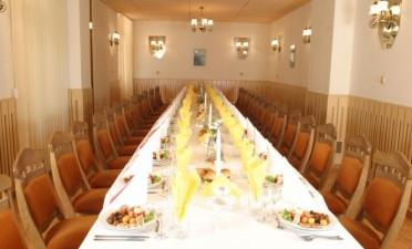 Le Salon Jaune et le Salon Bleu de l'Hôtel Agape