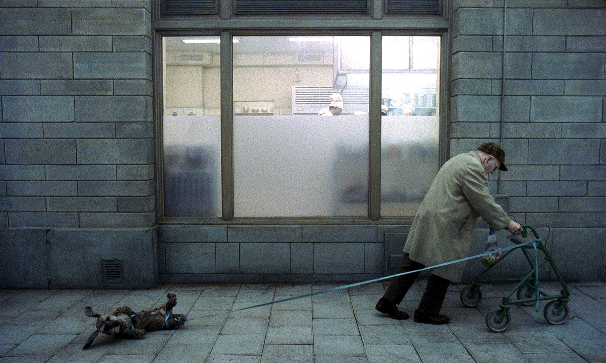 Du Levande - proiecție de film în Moszkva Cafe Oradea