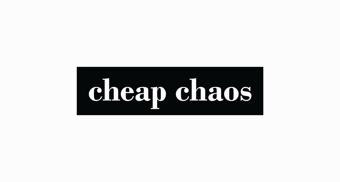 Cheap Chaos în Moszkva Cafe