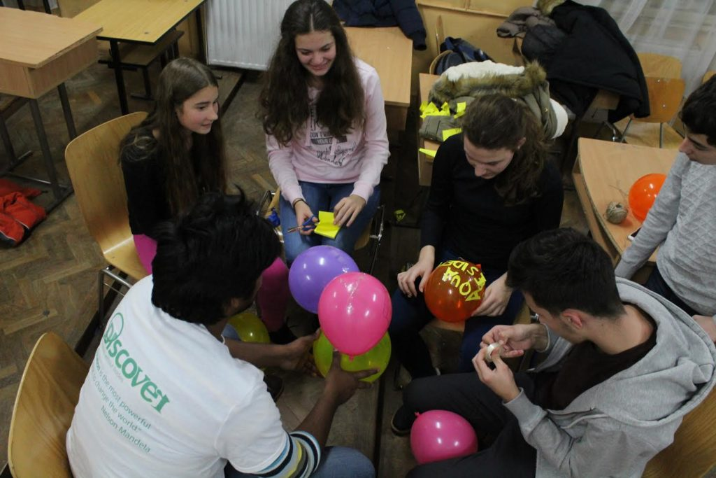 Voluntariat, tradiții și activități de Sărbători