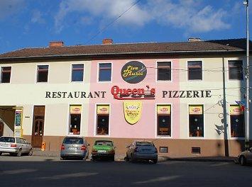 Queen's Music Pub