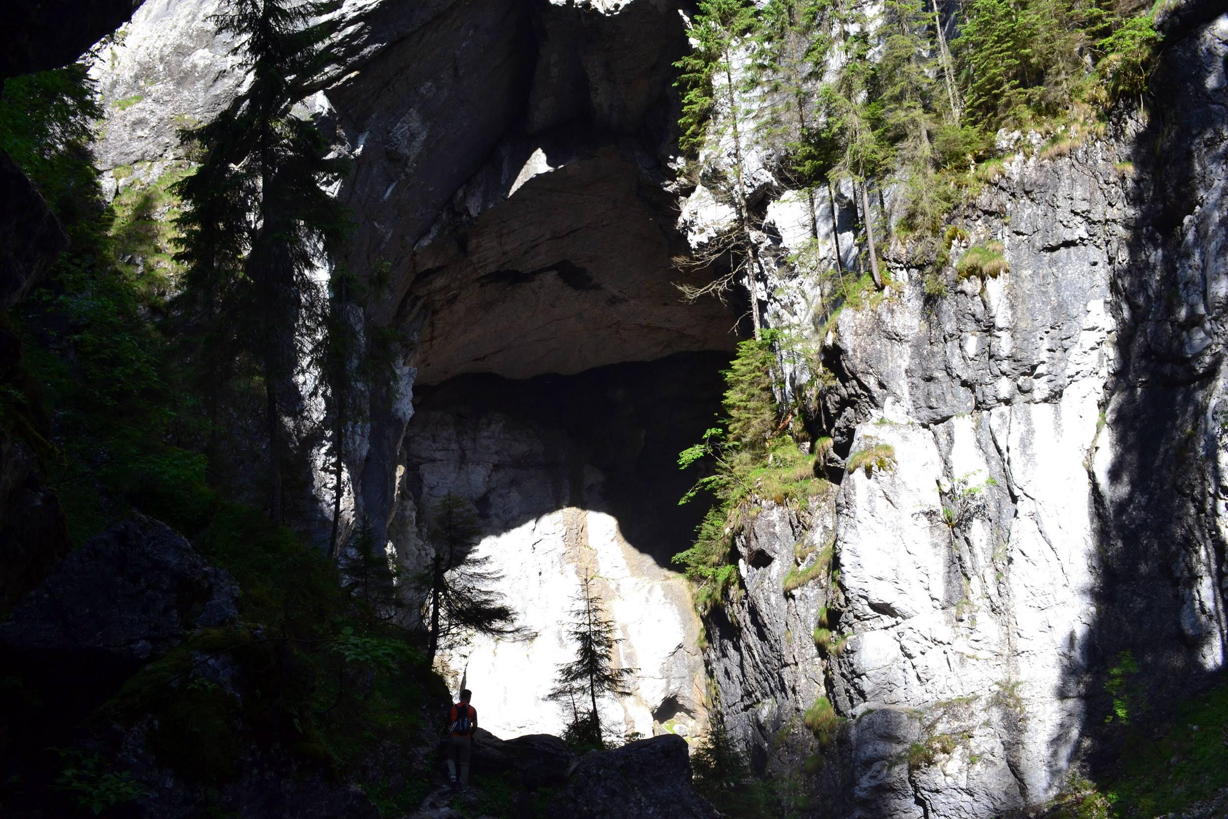 Cetățile Ponorului – fortăreața naturii