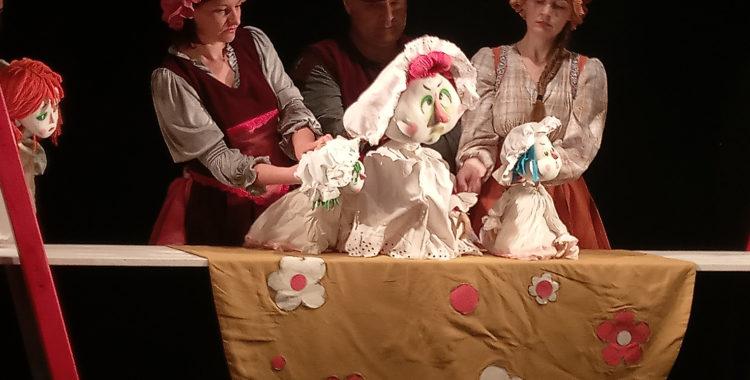 """Teatrul Arcadia a fost premiat în cadrul Festivalului Internaţional de Animaţie """"Sub bagheta lui Merlin"""""""