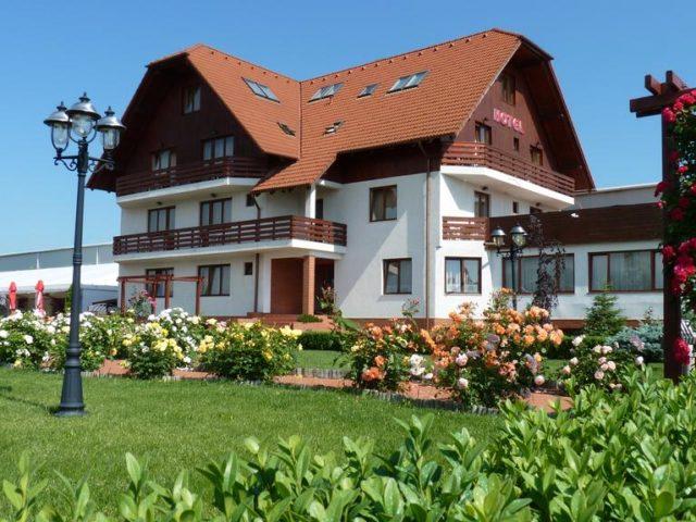 Hotel Garden Club