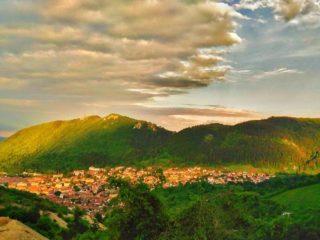 Brașov, orașul de poveste – Versuri scrise Gesgmira