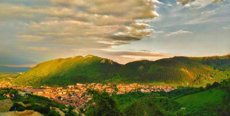 Brașov, orașul de poveste - Versuri scrise Gesgmira