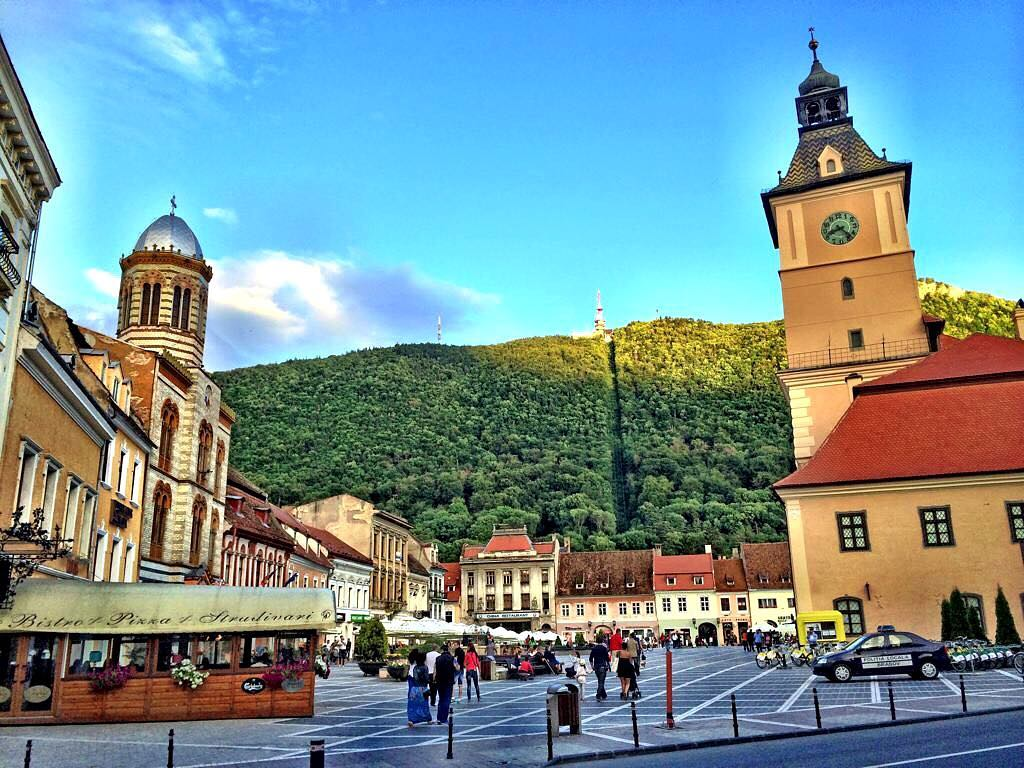 Fotografii lui Gustar: top 5 fotografii cu Brașovul