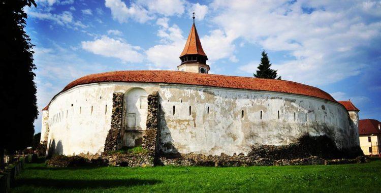 Pe urmele bisericilor fortificate din Brașov – Prejmer