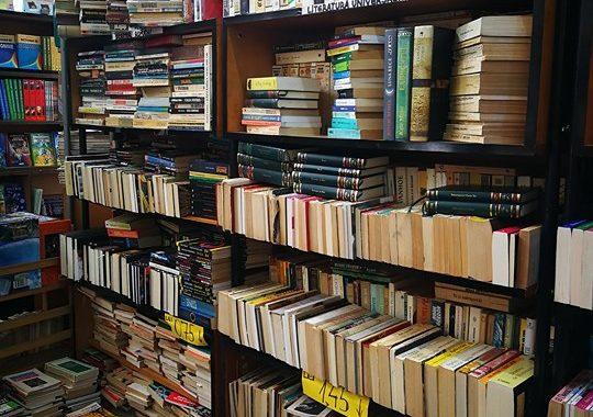 Printre cărți și oameni – În vizită la anticariatele brașovene