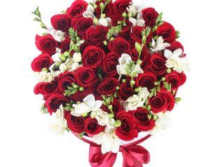 De ce livrarea online este cea mai bună decizie atunci când vrei să dăruiești flori?