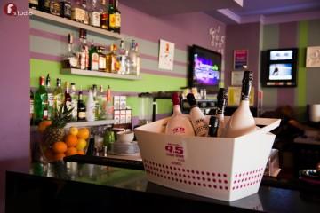 ZOOM Lounge Cafe